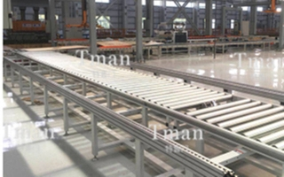 Automatic film covering production line for bathroom wallboard